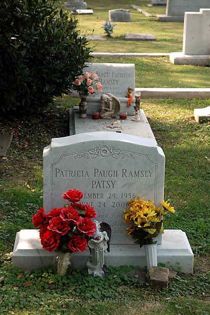 patricia-ramsey-jonbenet-ramsey-graves-1554991810031.jpg