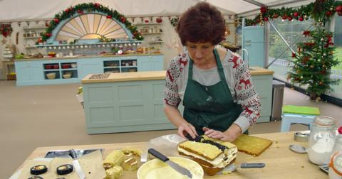 who-won-great-british-baking-show-holidays-season-2-2-1573242971692.png