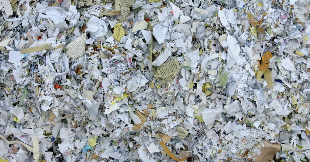 papers-1534951317042-1534951319144.jpg