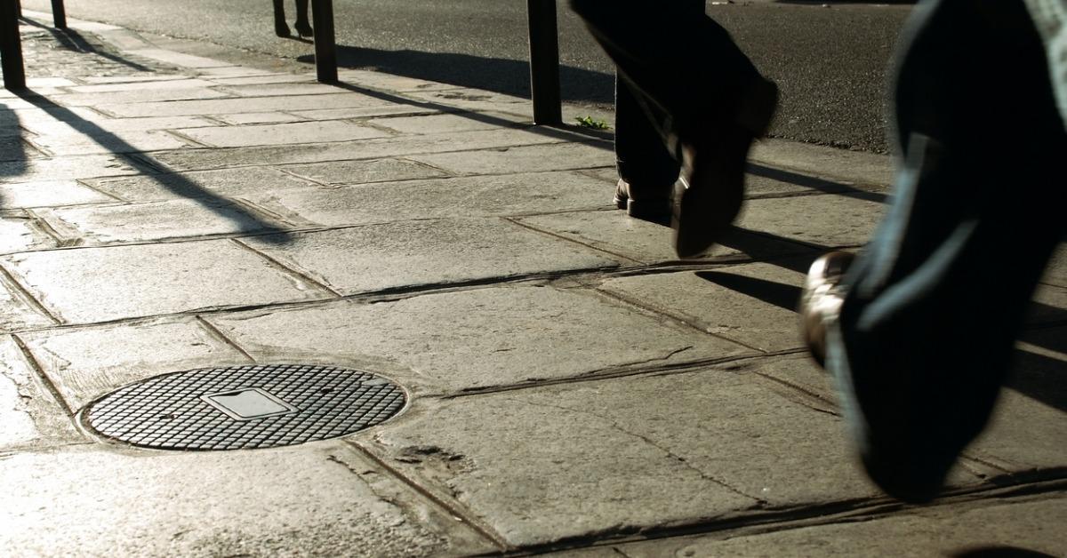 walking-on-the-sidewalk-3-picture-id93061037-1540407351069-1540407511756.jpg