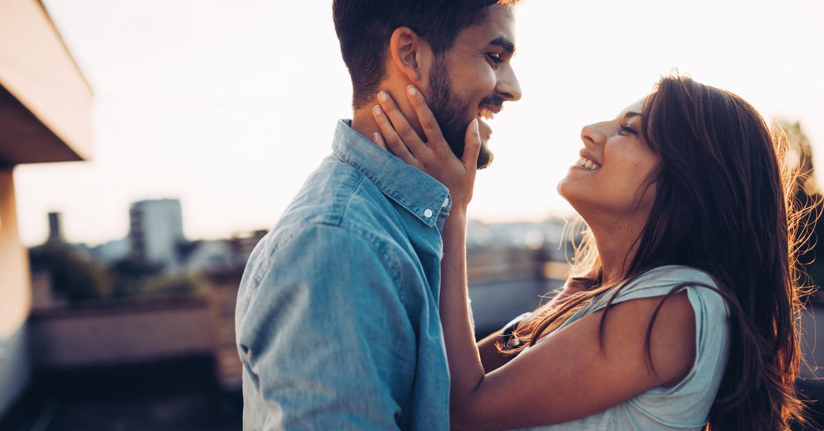 These 23 Thoughtful Acts Will Make You a Better Boyfriend
