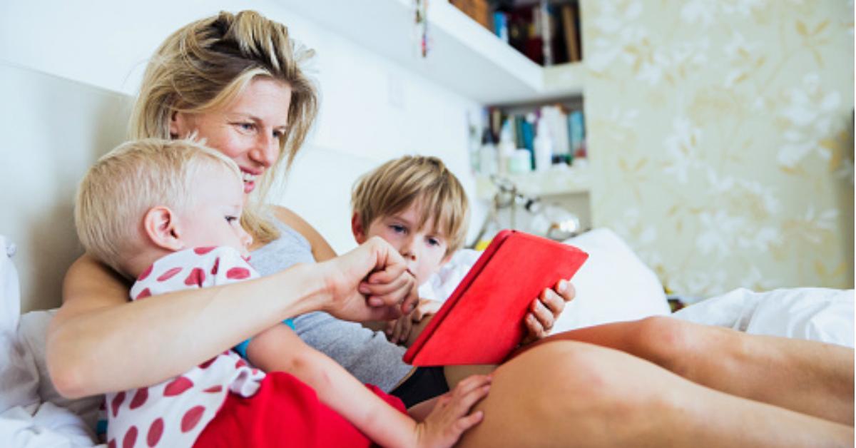 cover-mom-1501602615262.jpg