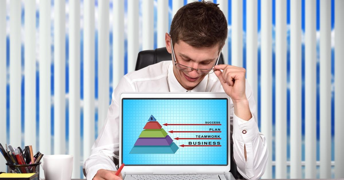 business-pyramid-picture-id489489980-1538420176869-1538420178764.jpg