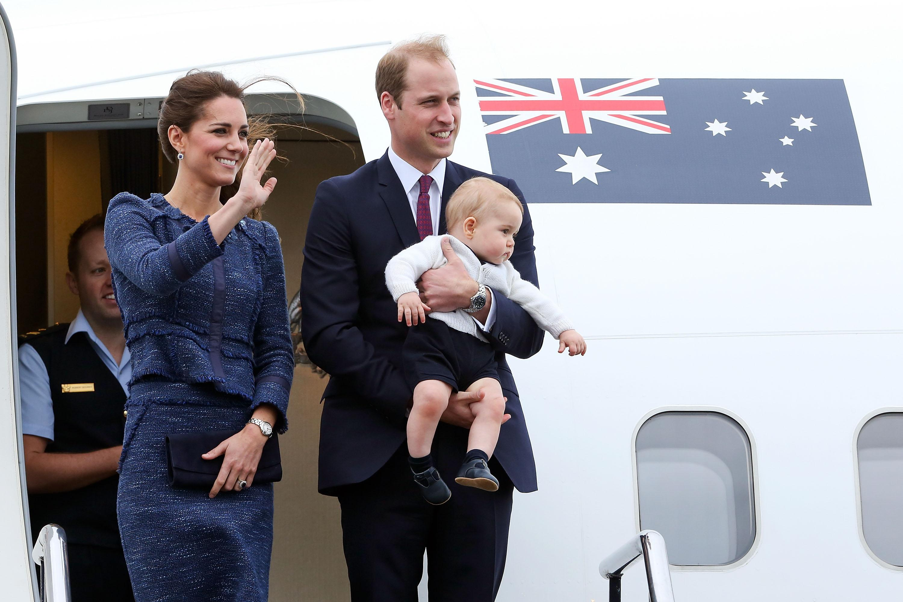 prince-william-plane-1542704552863-1542704555489.jpg
