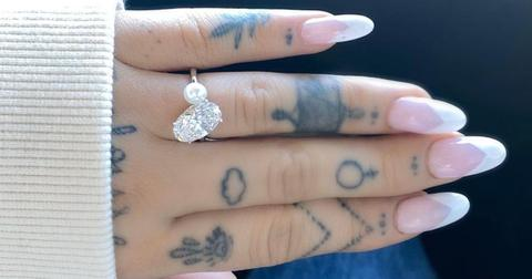 ariana-enagement-ring-1608495643119.jpg