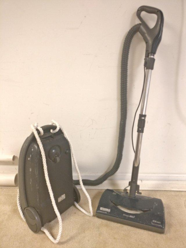 backpackvacuum-1538681762578-1538681764183.jpg