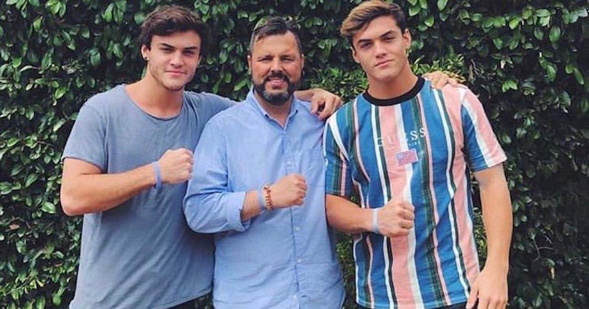 how-did-dolan-twins-dad-die-1548086318120.jpg