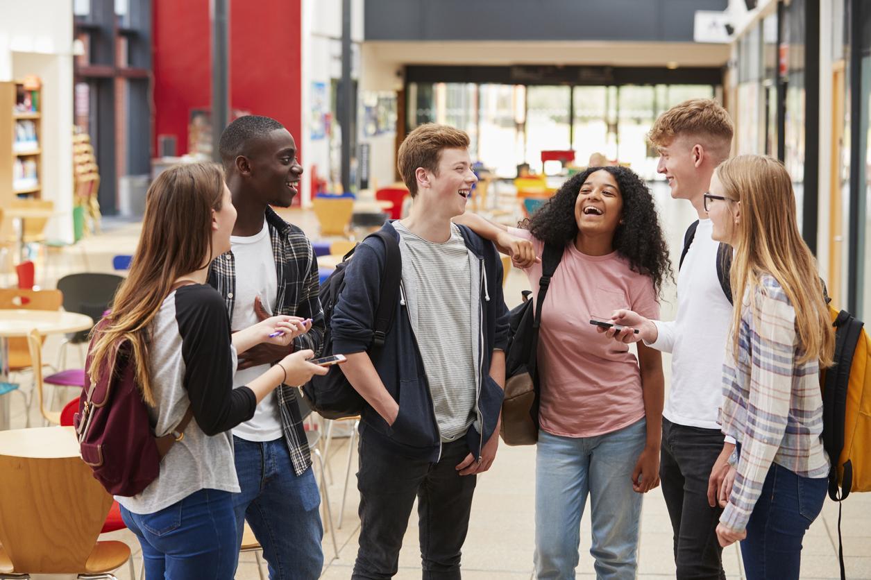 teenagers-1539195291629-1539195293576.jpg