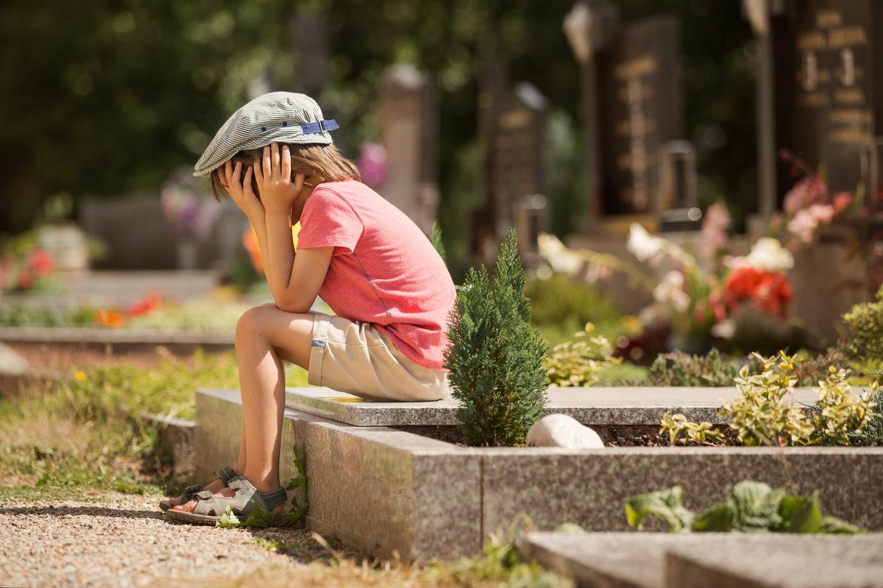 grave-1540399353958-1540399356757.jpg