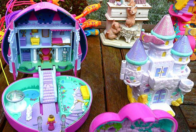 polly-pockets-1540582647037-1540582648800.jpg