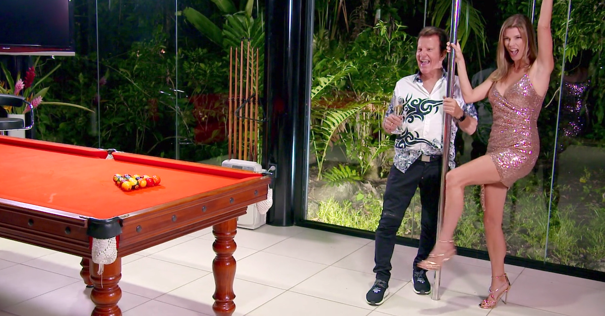 gene and sharon instant hotel