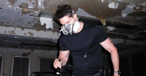 why-does-zak-from-ghost-adventures-wear-a-mask-1565820189695.jpg