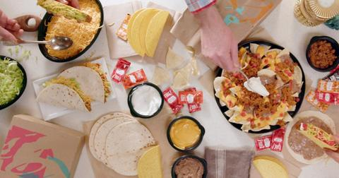 taco-bell-at-home-taco-bar-1-1588616406079.jpg