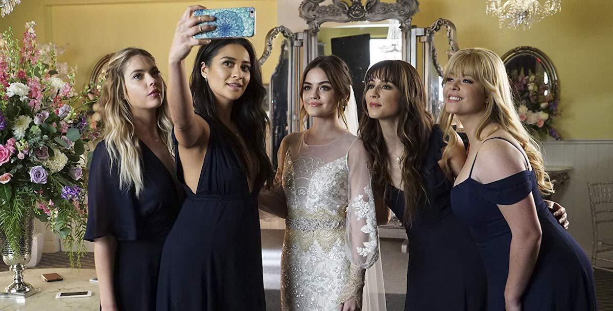 pretty-little-liars-1552684388507.jpg