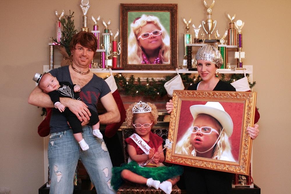 real-family-christmas-cards-28-1544821530025.jpg