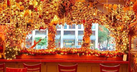 christmas-bars-near-me-3-1576104997706.jpg