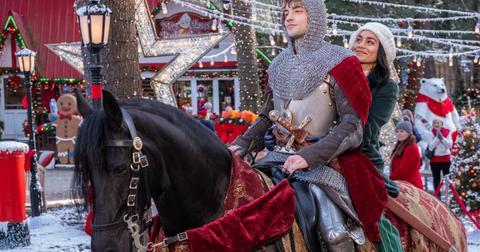 the-knight-before-christmas-ending-3-1574756630798.jpg