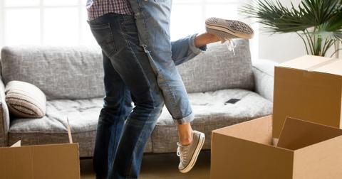couple-moving-in-together-1564771697941.jpg