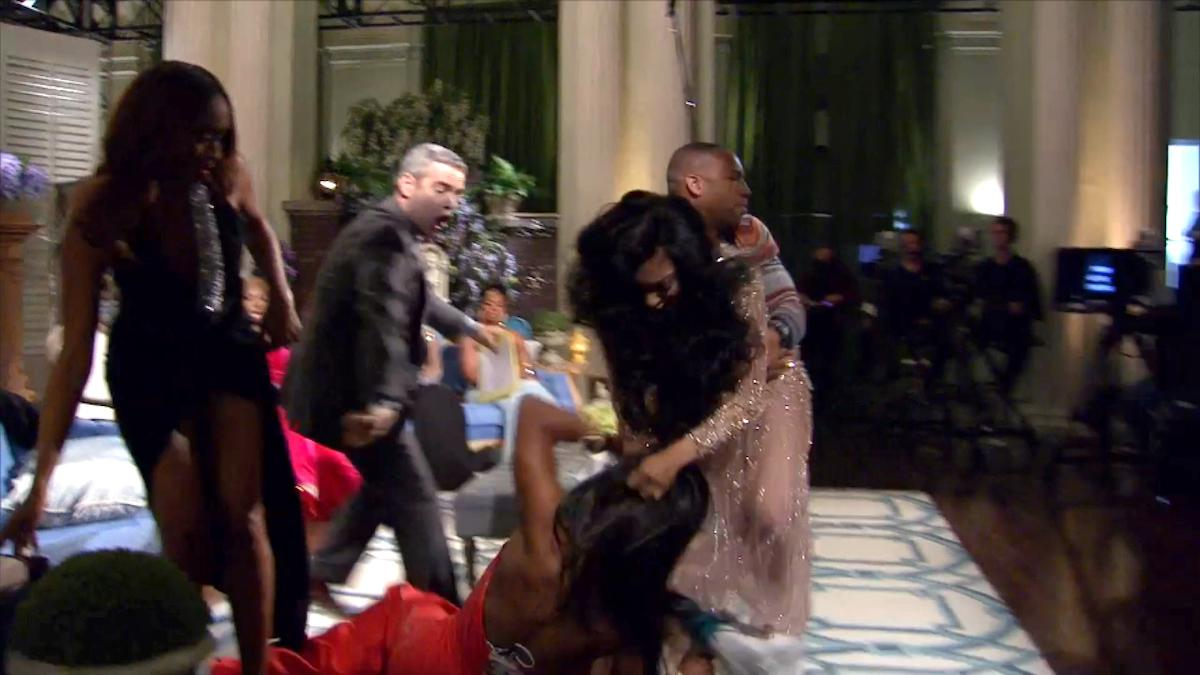 porsha-kenya-moore-fight-1546637645126.jpg
