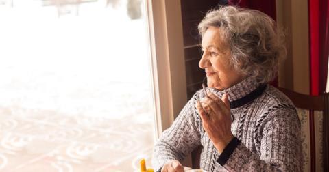 2-grandma-smoking-1572896552495.jpg