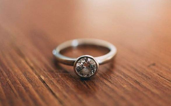 engagement-ring-1-1553699717959.JPG