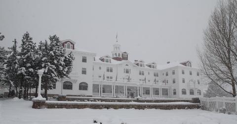 stanley-hotel-winter-1557173489248.jpeg