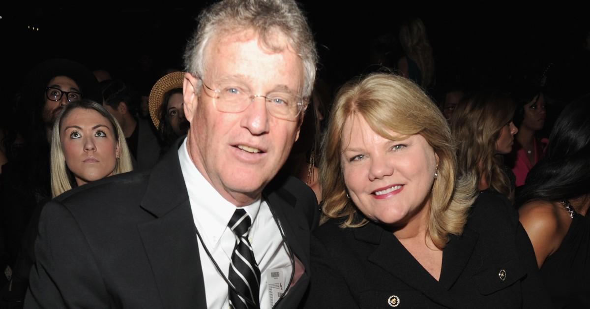 Taylor Swift S Parents Andrea And Scott Divorced Over A Decade Ago