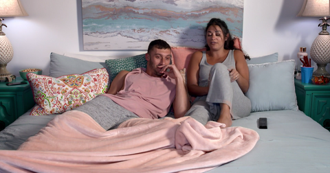 90 Day Fiancé: Pillow Talk' — Meet the Familiar Couples Watching the
