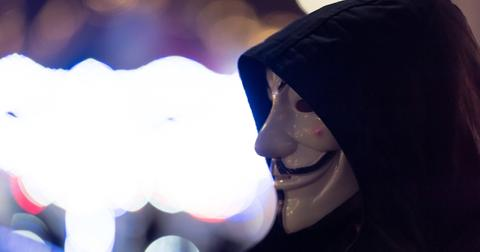 guy-fawkes-mask-1559767473202.jpg