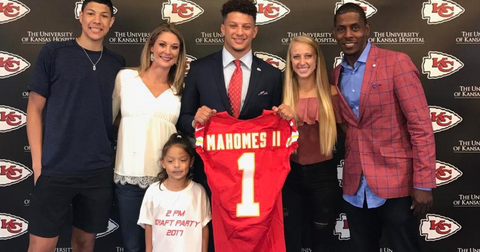 patrick-mahomes-parents-1579712916791.PNG
