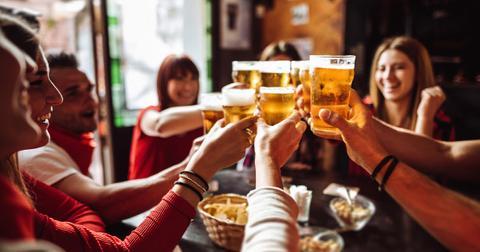 friends-drinking-1574352454814.jpg
