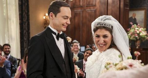 amy-sheldon-wedding-big-bang-theory-1558035726658.jpg