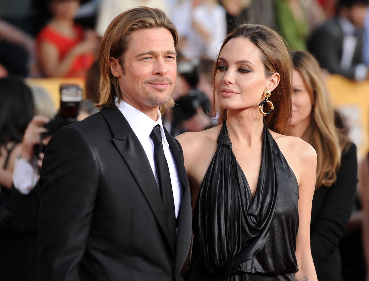 brad-pitt-angelina-jolie-wedding-1545965311648.jpg