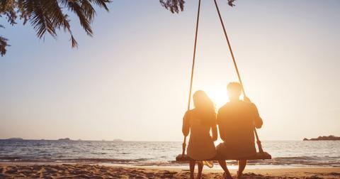 1-honeymoon-aita-1581609452672.jpg