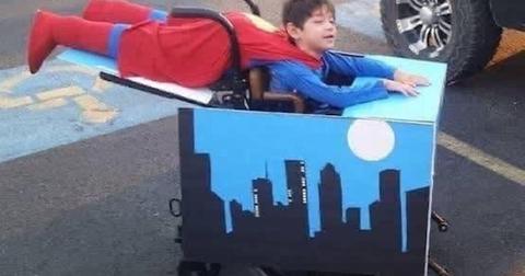 viral-halloween-costumes-superman-wheelchair-1572281739232.jpg