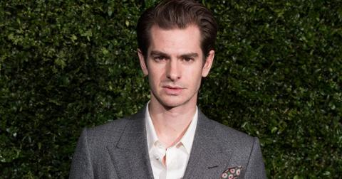 andrew-garfield-singing-1572459408812.jpg