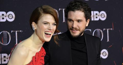 kit-harington-rose-leslie-1554495892394.jpg