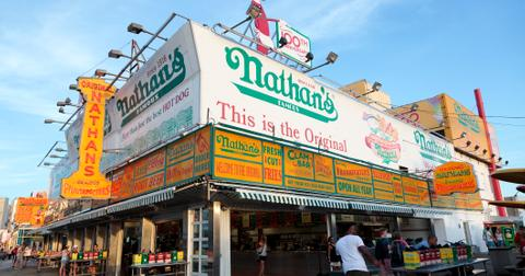 national-hot-dog-day-deals-4-1563300971146.jpg