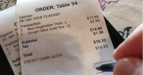 paying-restaurant-bill-picture-id911914914-1549918967583-1549918969548.jpg