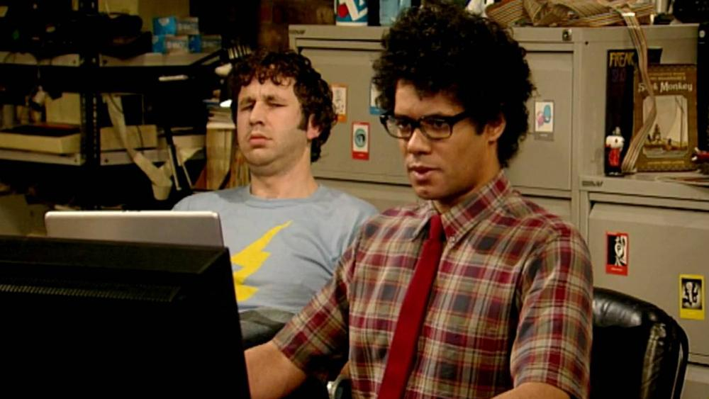 th-it-crowd-1541702707784-1541702709757.jpg