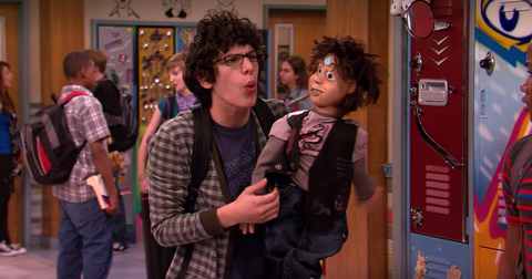 is-robbie-really-a-ventriloquist-on-victorious-1573669939676.png