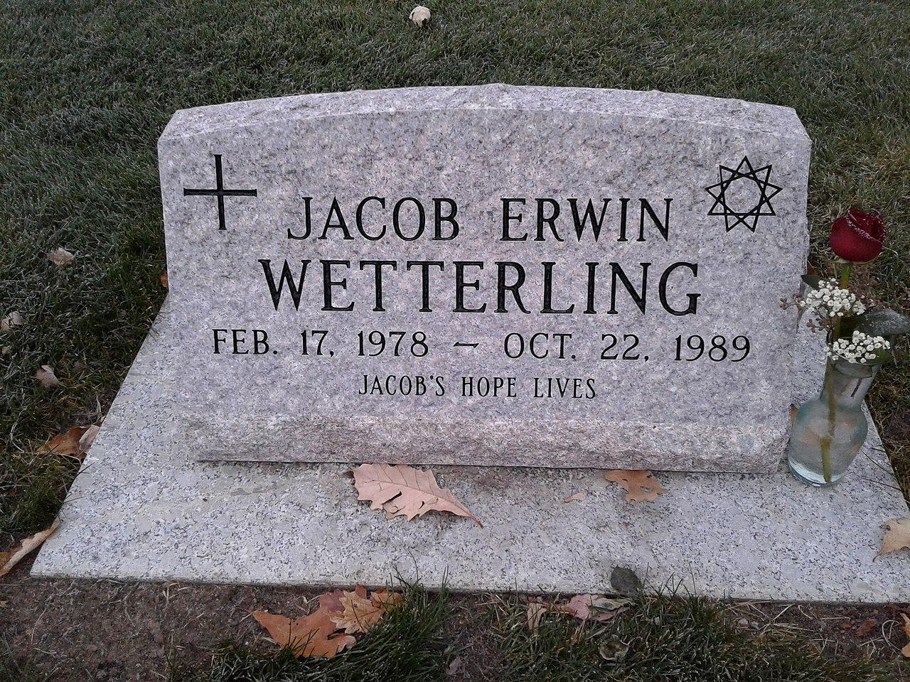 jacob-wetterling-grave-1551994308826.jpg