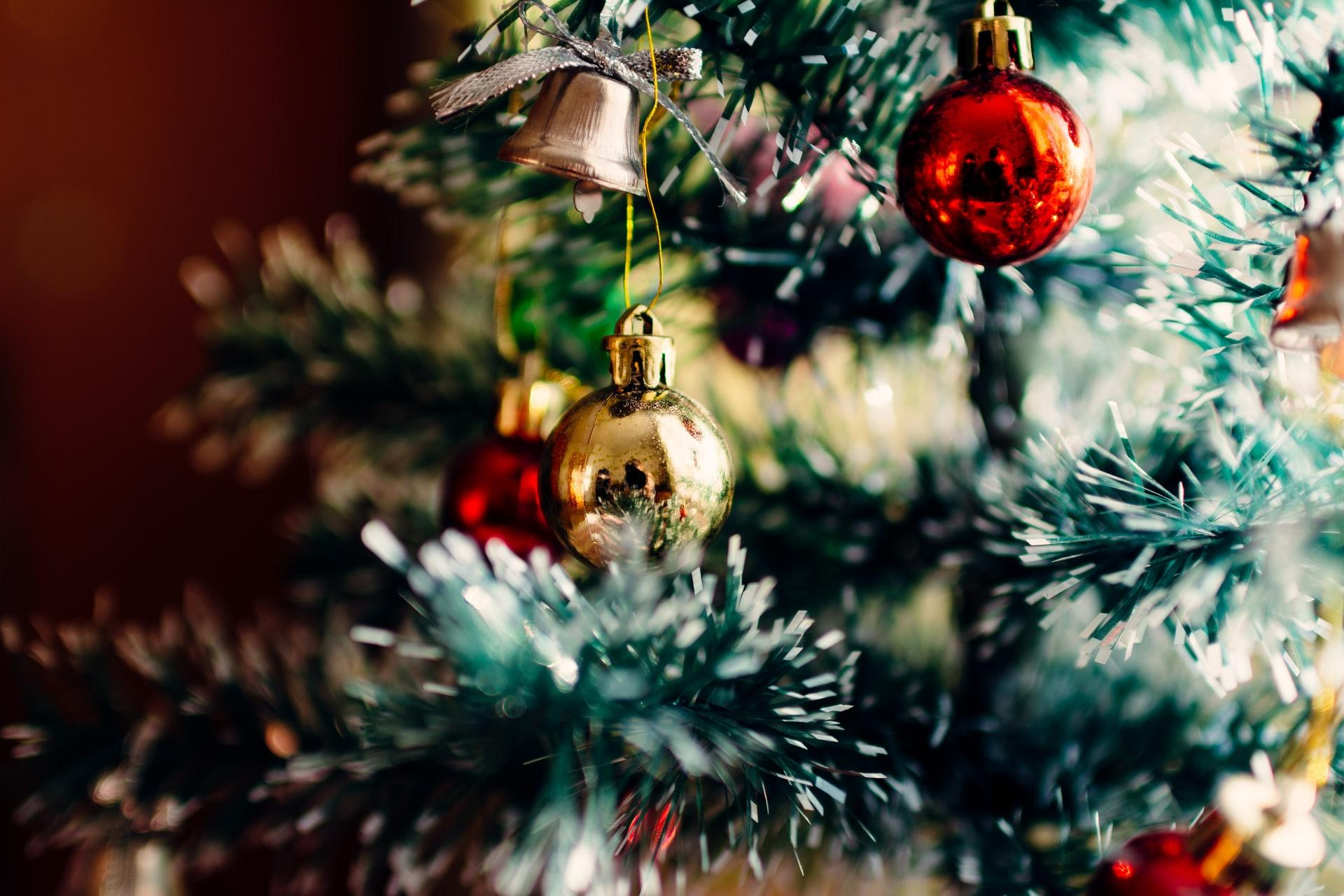 The Best Christmas Zoom Backgrounds To Get You In The Holiday Spirit
