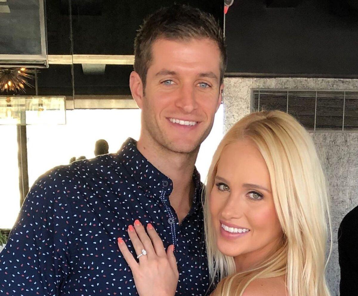 tomi-lahren-engaged-1562092062474.jpg