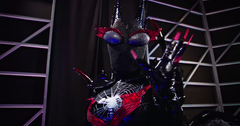 who-is-black-widow_-_-season-2-_-the-masked-singer-0-15-screenshot-1569369550140.png