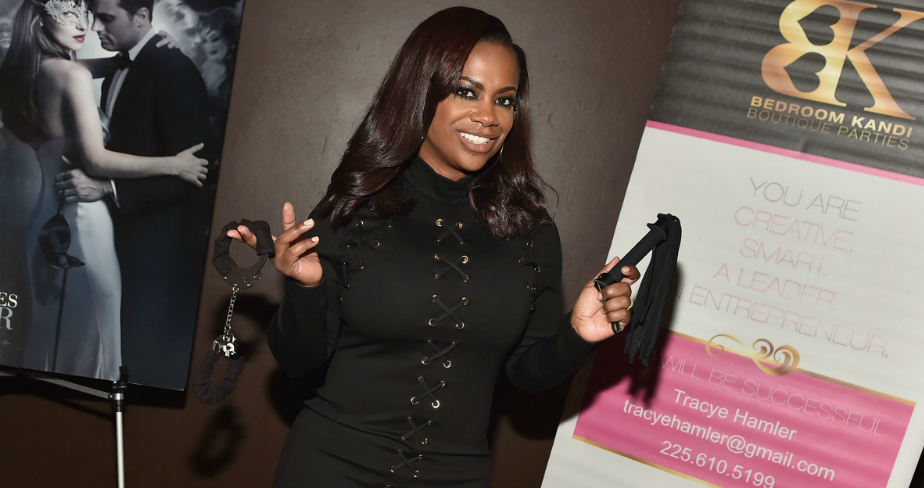 kandi-burruss-bedroom-1533159389068-1533159394519.PNG