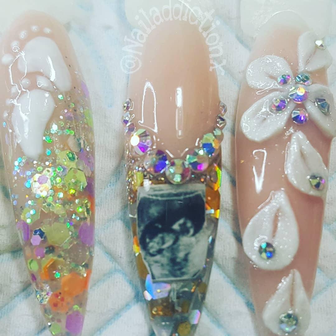 sonogram-nail-art-4-1549903938456-1549903940427.jpg
