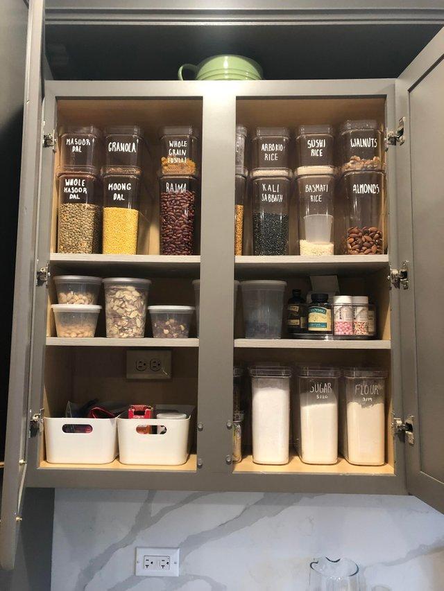 12-organized-pantry-1558366279536.jpg