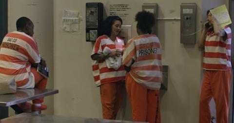 jailbirds-netflix-cast-1557791985458.jpg