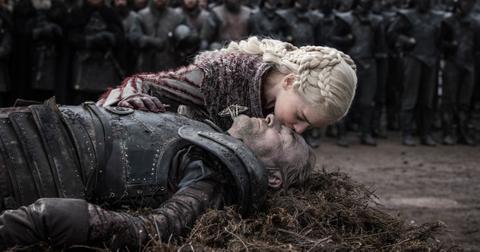daenerys-targaryen-funeral-jorah-1557159166356.jpg